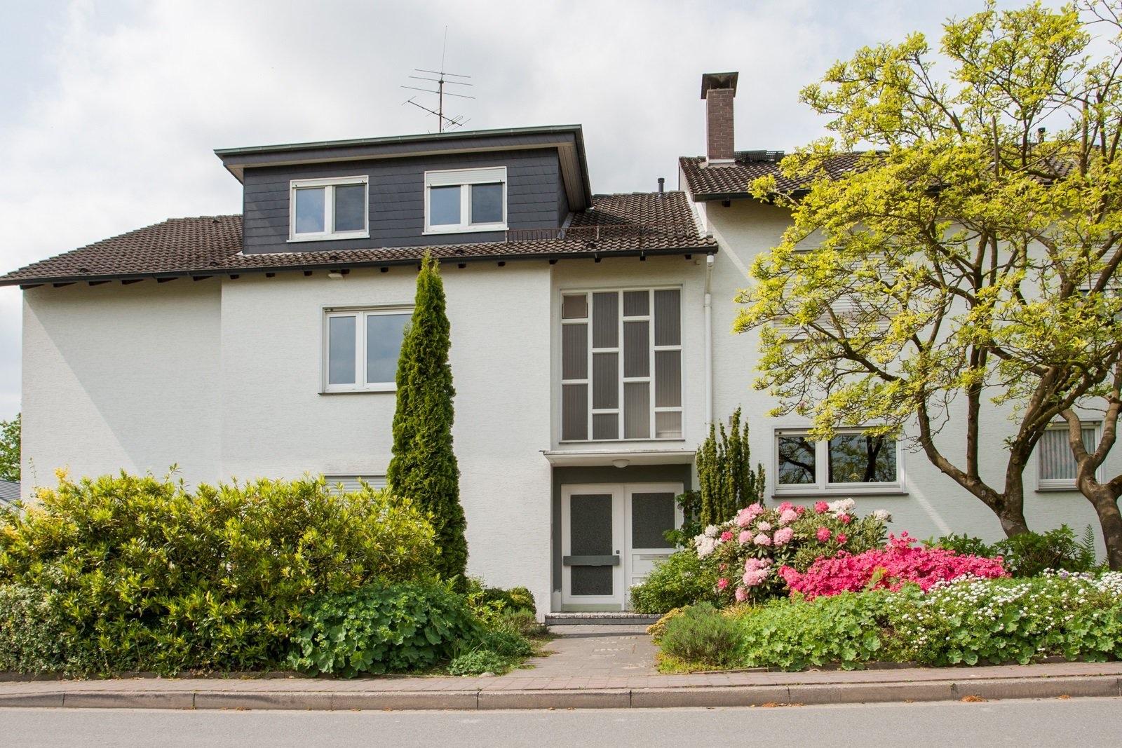 Einzigartig Hauseingang überdacht Sammlung Von Schnuckelige 3-zimmer-dg-etw In Sehr Ruhiger Wohnlage –
